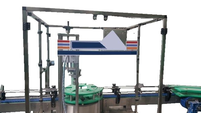 YOKM-Y STEP BY STEP WORKING STAR WHEEL TYPE SEMI-AUTOMATIC CAPPING MACHINE